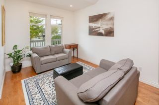 """Photo 3: 7038 181B Street in Surrey: Cloverdale BC House for sale in """"Cloverdale"""" (Cloverdale)  : MLS®# R2574899"""