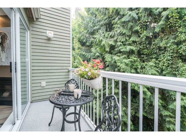 Photo 18: Photos: 3330 COBBLESTONE AV in VANCOUVER: Champlain Heights Townhouse for sale (Vancouver East)  : MLS®# R2195762