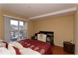 """Photo 7: 710 415 E COLUMBIA Street in New Westminster: Sapperton Condo for sale in """"SAN MARINO"""" : MLS®# V1003972"""