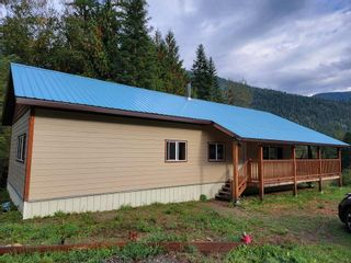 Photo 19: 7951 HIGHWAY 6 in Ymir: House for sale : MLS®# 2461237