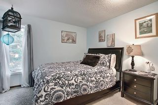 Photo 36: 824 Shawnee Drive SW in Calgary: Shawnee Slopes Detached for sale : MLS®# A1083825