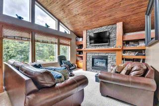 Photo 7: 32963 ROSETTA Avenue in Mission: Mission BC House for sale : MLS®# R2589762