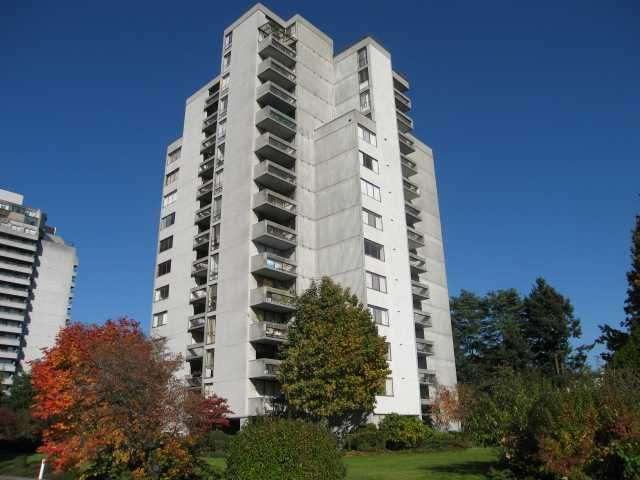 """Main Photo: 903 6759 WILLINGDON Avenue in Burnaby: Metrotown Condo for sale in """"BALMORAL ON THE PARK"""" (Burnaby South)  : MLS®# V1005639"""
