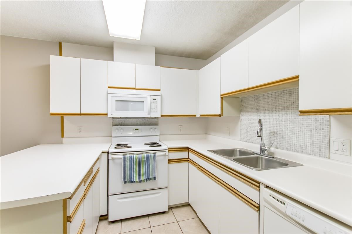 Photo 9: Photos: 205 3970 CARRIGAN Court in Burnaby: Government Road Condo for sale (Burnaby North)  : MLS®# R2536025