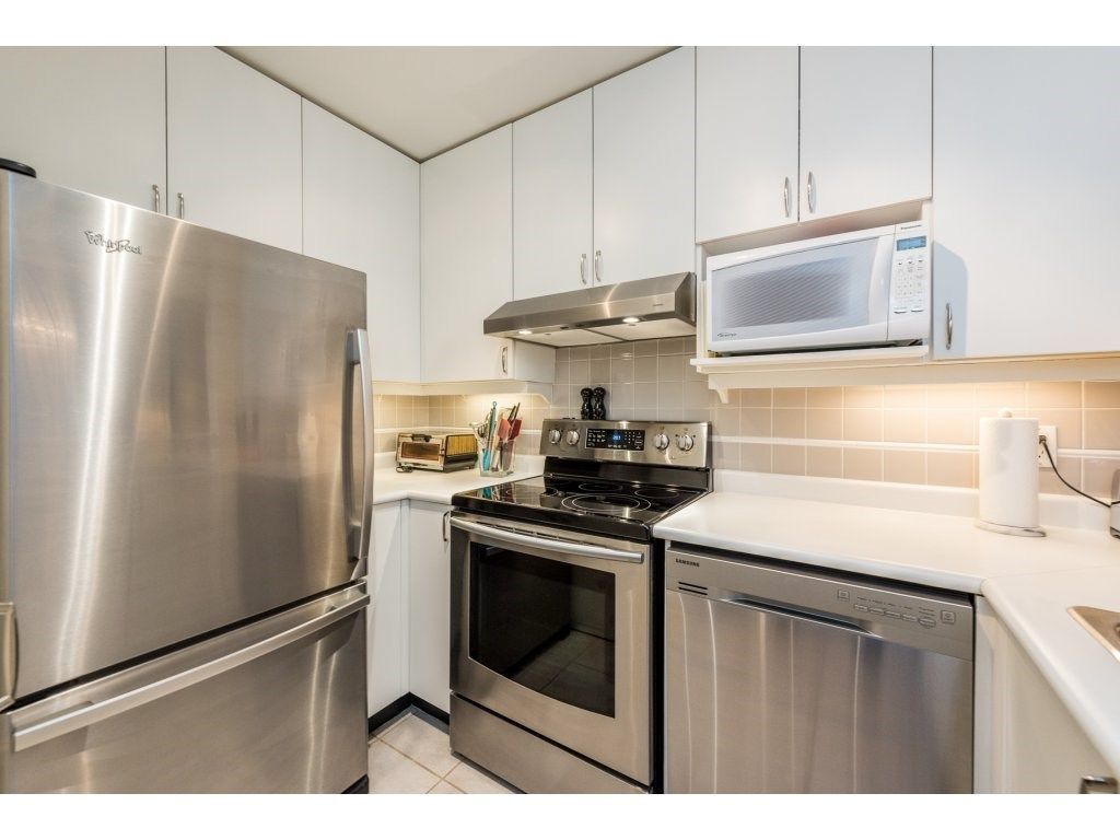 """Photo 10: Photos: 206 630 ROCHE POINT Drive in North Vancouver: Roche Point Condo for sale in """"THE LEGEND"""" : MLS®# R2235559"""