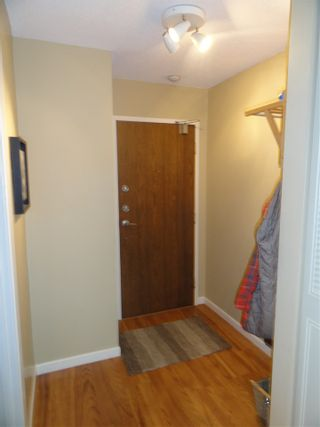 """Photo 8: 203 3264 OAK Street in Vancouver: Cambie Condo for sale in """"THE OAKS"""" (Vancouver West)  : MLS®# R2072297"""