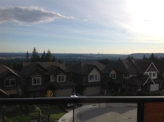 """Photo 4: 109 3525 CHANDLER Street in Coquitlam: Burke Mountain Townhouse for sale in """"WHISPER"""" : MLS®# R2204514"""