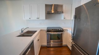 """Photo 3: 618 500 ROYAL Avenue in New Westminster: Downtown NW Condo for sale in """"DOMINION"""" : MLS®# R2597708"""