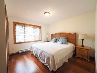 Photo 16: 4614 MONTEBELLO Place in Whistler: Whistler Village Townhouse for sale : MLS®# R2528597