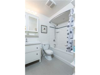 Photo 6: 263 BALMORAL Place in Port Moody: North Shore Pt Moody Townhouse for sale : MLS®# V1085063