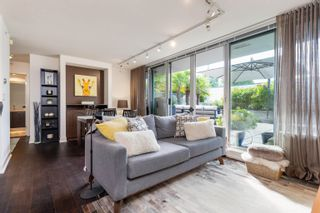 """Photo 8: 227 2008 PINE Street in Vancouver: False Creek Condo for sale in """"MANTRA"""" (Vancouver West)  : MLS®# R2620920"""