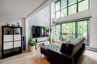"""Photo 14: 518 22 E CORDOVA Street in Vancouver: Downtown VE Condo for sale in """"Van Horne"""" (Vancouver East)  : MLS®# R2600370"""