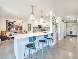 """Photo 13: 307 1502 ISLAND PARK Walk in Vancouver: False Creek Condo for sale in """"The Lagoons"""" (Vancouver West)  : MLS®# R2606940"""