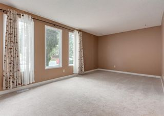 Photo 10: 228 Berwick Drive NW in Calgary: Beddington Heights Semi Detached for sale : MLS®# A1137889