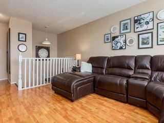 Photo 4: 6131 BEAVER DAM Way NE in Calgary: Thorncliffe House for sale : MLS®# C4184373