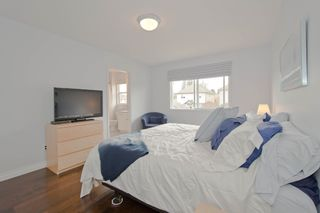 """Photo 9: 5767 148A Street in Surrey: Sullivan Station House for sale in """"Sawyers Walk at Panorama Village"""" : MLS®# F1310562"""