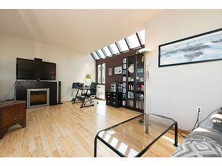"""Photo 7: 954 W 7TH Avenue in Vancouver: Fairview VW Townhouse for sale in """"Era"""" (Vancouver West)  : MLS®# V1003005"""