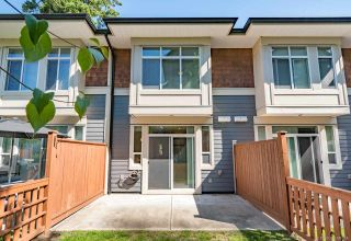"Photo 3: 40 2929 156 Street in Surrey: Grandview Surrey Townhouse for sale in ""Toccata"" (South Surrey White Rock)  : MLS®# R2390301"