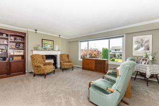 "Photo 10: 4306 YORK Street: Yarrow House for sale in ""YARROW"" : MLS®# R2599015"