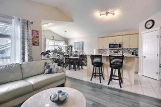 Photo 5: 14007 152 Avenue in Edmonton: Zone 27 House for sale : MLS®# E4255146