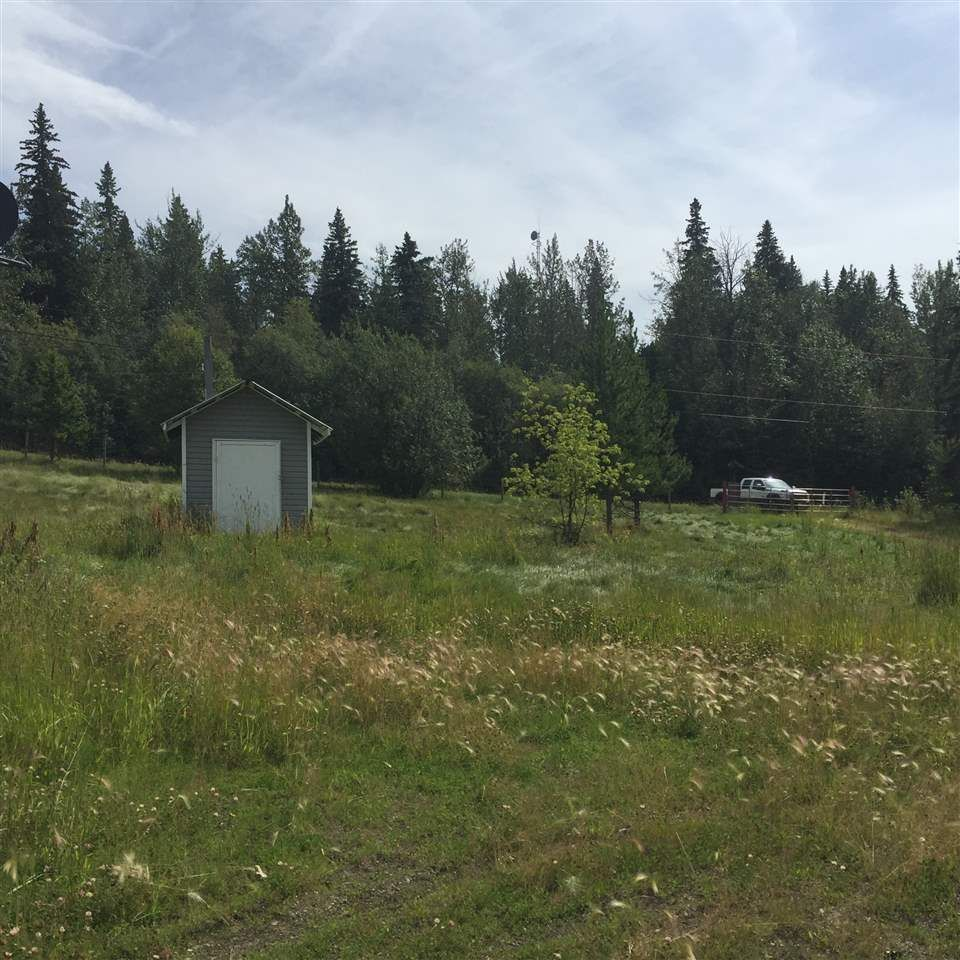 """Photo 10: Photos: 14362 RED CREEK Road in Fort St. John: Fort St. John - Rural W 100th Manufactured Home for sale in """"RED CREEK ROAD"""" (Fort St. John (Zone 60))  : MLS®# R2483628"""