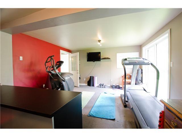 """Photo 18: Photos: 1675 58A Street in Tsawwassen: Beach Grove House for sale in """"BEACH GROVE"""" : MLS®# V1062770"""