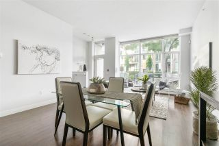 Photo 5: 1835 CROWE Street in Vancouver: False Creek Townhouse for sale (Vancouver West)  : MLS®# R2475656