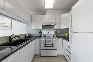 Photo 13: 305 868 W 16TH AVENUE in Vancouver: Cambie Condo for sale (Vancouver West)  : MLS®# R2560619