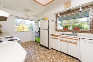 Photo 12: 4740 CEDARCREST Avenue in North Vancouver: Canyon Heights NV House for sale : MLS®# R2129725