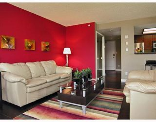 """Photo 9: 2605 867 HAMILTON Street in Vancouver: Downtown VW Condo for sale in """"JARDINE'S LOOKOUT"""" (Vancouver West)  : MLS®# V779994"""