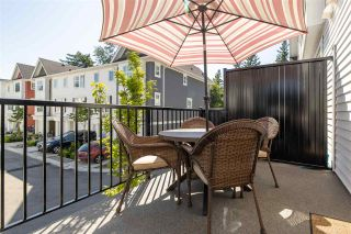 """Photo 13: 34 27735 ROUNDHOUSE Drive in Abbotsford: Aberdeen Townhouse for sale in """"Roundhouse"""" : MLS®# R2483572"""