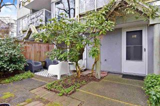 "Photo 2: 112 2020 W 8TH Avenue in Vancouver: Kitsilano Townhouse for sale in ""AUGUSTINE GARDENS"" (Vancouver West)  : MLS®# R2560905"