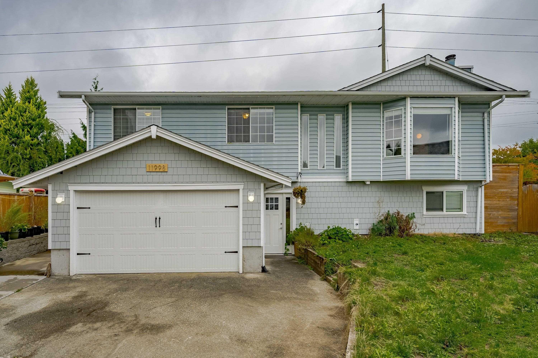 Main Photo: 11998 MEADOWLARK Drive in Maple Ridge: Cottonwood MR House for sale : MLS®# R2620656
