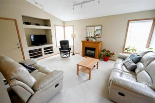Photo 9: 98 Aldgate Road in Winnipeg: River Park South Residential for sale (2F)  : MLS®# 202112709