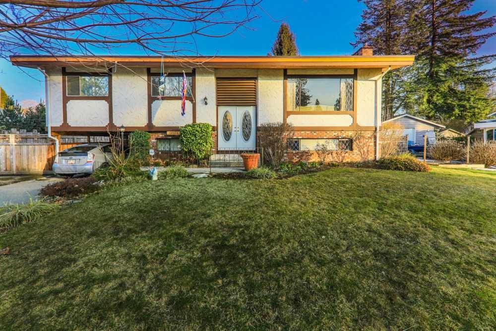 Main Photo: 9034 MAJOR Street in Langley: Fort Langley House for sale : MLS®# R2347315