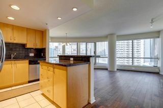 Photo 6: 802 1078 6 Avenue SW in Calgary: Downtown West End Apartment for sale : MLS®# A1038464