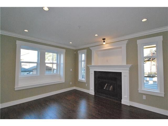 Photo 4: Photos: 755 E 11TH AV in Vancouver: Mount Pleasant VE 1/2 Duplex for sale (Vancouver East)  : MLS®# V1027526