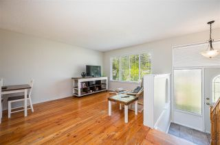 Photo 4: 8870 BARTLETT Street in Langley: Fort Langley House for sale : MLS®# R2591281