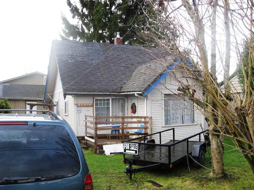 Main Photo: 45896 LEWIS Avenue in Chilliwack: Chilliwack N Yale-Well House for sale : MLS®# R2098317