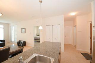 Photo 12: 302 10180 153 STREET in Surrey: Guildford Condo for sale (North Surrey)  : MLS®# R2262747