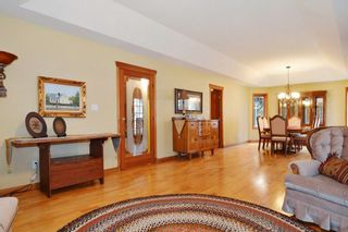 Photo 8: 26613 62 Avenue in Langley: County Line Glen Valley House for sale : MLS®# R2280174