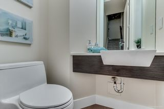 Photo 8: 1068 14 AVENUE in Vancouver East: Home for sale : MLS®# R2009468