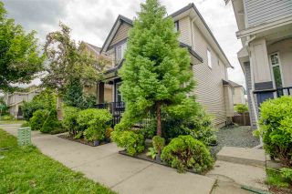 Photo 2: 19144 68 Avenue in Surrey: Clayton House for sale (Cloverdale)  : MLS®# R2591389