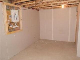Photo 21: 2 118 Pawlychenko Lane in Saskatoon: Lakewood S.C. Condominium for sale (Saskatoon Area 01)  : MLS®# 387808