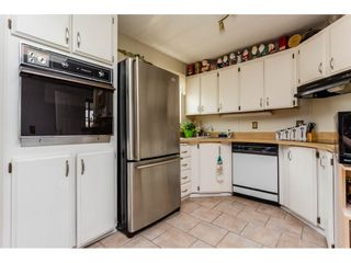 """Photo 7: 25 15875 20 Avenue in Surrey: King George Corridor Manufactured Home for sale in """"Searidge Bays"""" (South Surrey White Rock)  : MLS®# R2195866"""