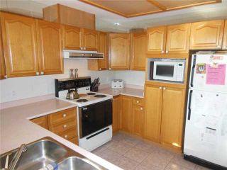 "Photo 5: 2 20841 DEWDNEY TRUNK Road in Maple Ridge: Northwest Maple Ridge Townhouse for sale in ""KITCHLER STATION"" : MLS®# V1060321"