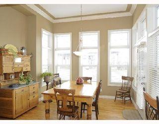 Photo 4: 124 EVERGREEN Lane SW in CALGARY: Shawnee Slps Evergreen Est Residential Detached Single Family for sale (Calgary)  : MLS®# C3305094