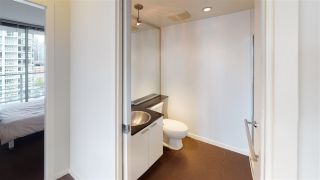 """Photo 12: 2203 111 W GEORGIA Street in Vancouver: Downtown VW Condo for sale in """"SPECTRUM ONE"""" (Vancouver West)  : MLS®# R2591471"""