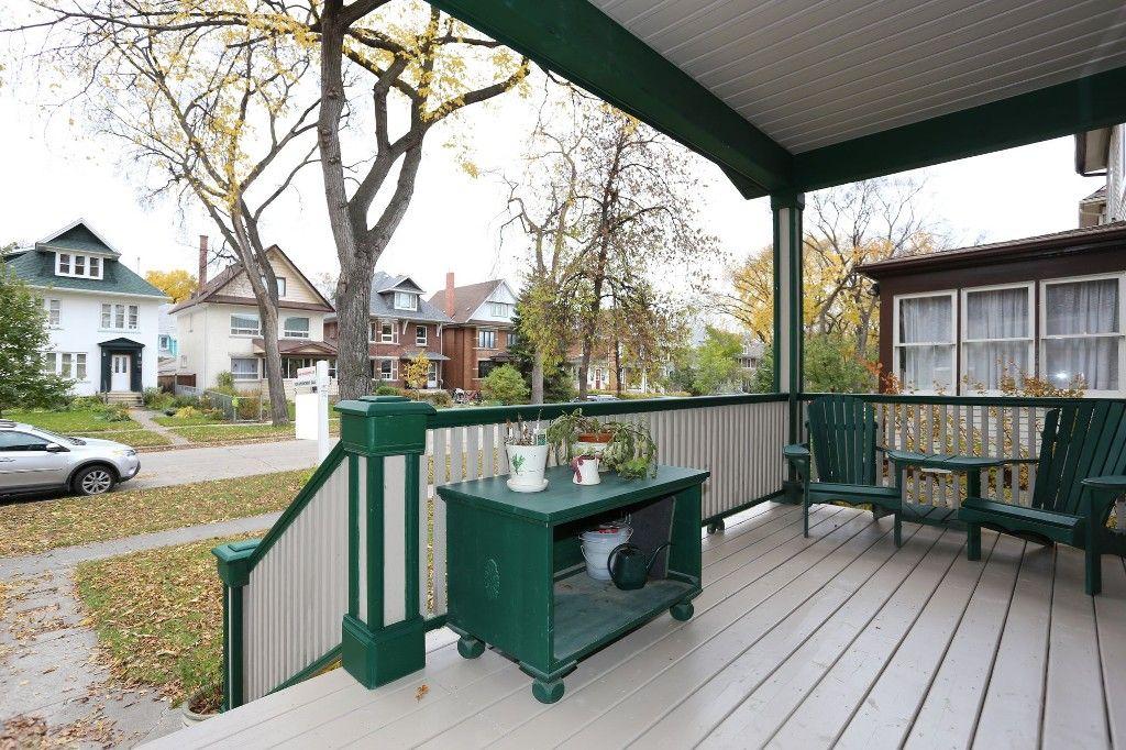 Photo 2: Photos: 110 Home Street in Winnipeg: Wolseley Single Family Detached for sale (5B)  : MLS®# 1627578