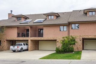 Main Photo: 85 Edgeland Road NW in Calgary: Edgemont Row/Townhouse for sale : MLS®# A1146818